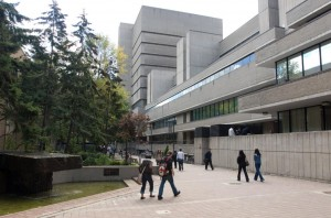 Ryerson_Library_and_The_Podium_Building